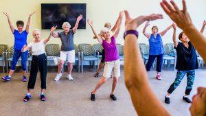 بهترین فعالیت های ورزشی در سالمندان چه فعالیت هایی هستند؟