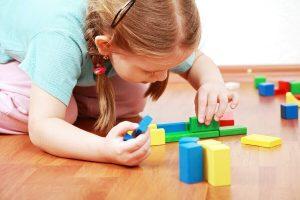 کودک مبتلا به اوتیسم