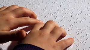 مراقبت از کودک نابینا