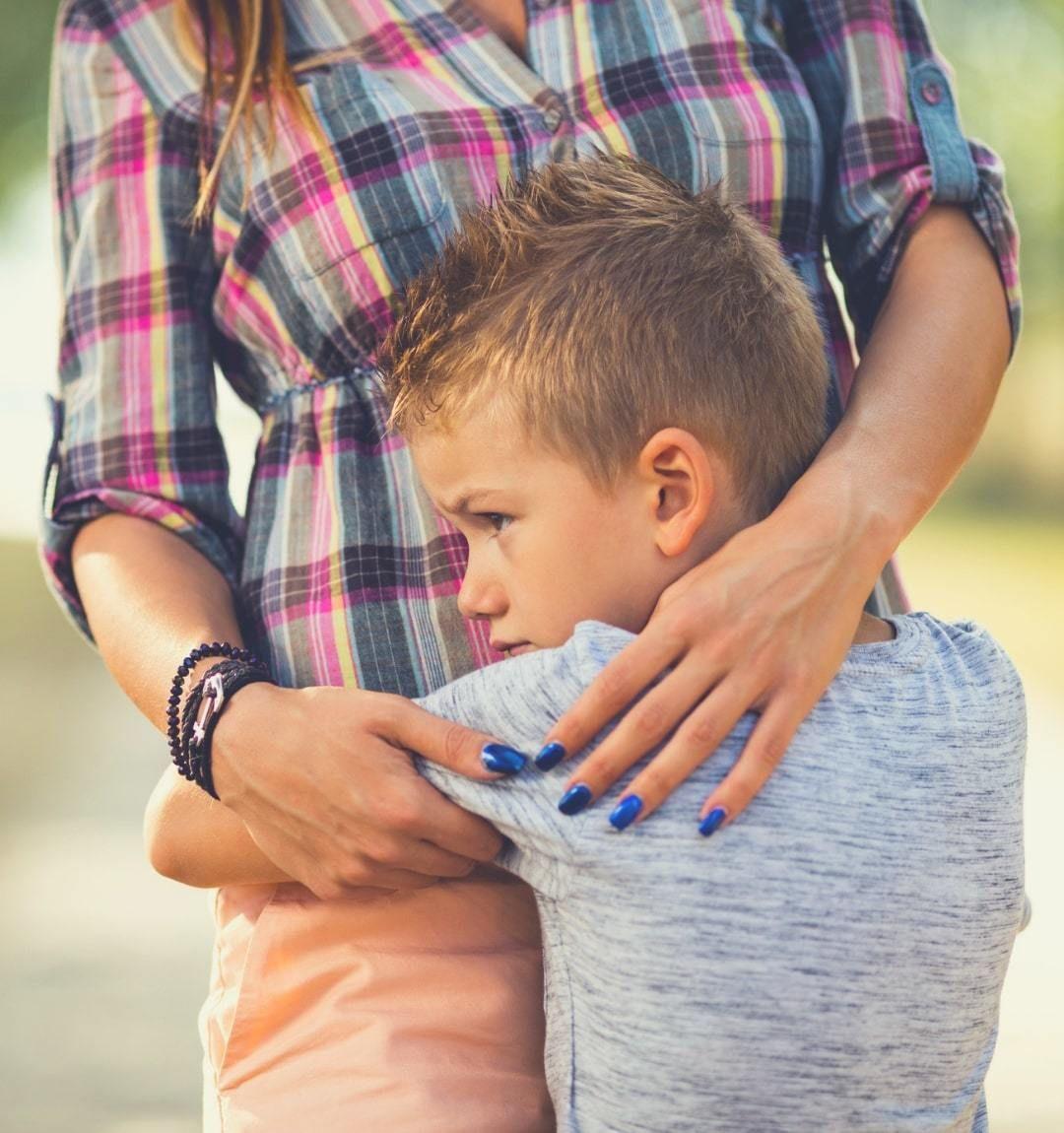 اختلال اضطراب جدایی در کودک و هر آنچه والدین و پرستار کودک باید در این مورد بدانند