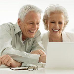 فواید آموزش تکنولوژی به سالمندان