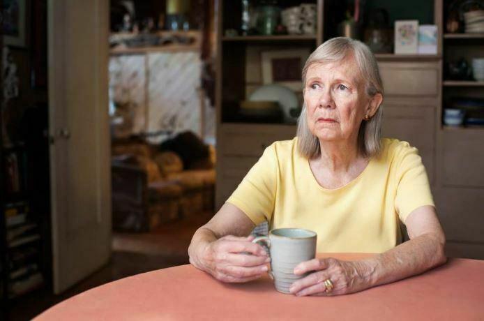 پیشگیری از احساس تنهایی در سالمندان