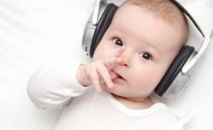 ترفند های مراقبت از نوزاد و موسیقی