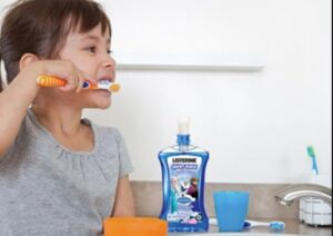 فواید دهانشویه در کودک