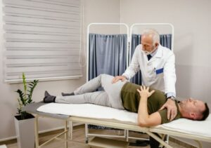 ملاقات با پزشک بعد از جراحی