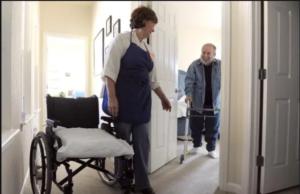 تمرین راه رفتن بعد از شکستگی استخوان لگن