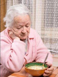 درمان سو تعذیه در سالمندان