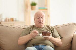 علل چاقی مفرط در سالمندان
