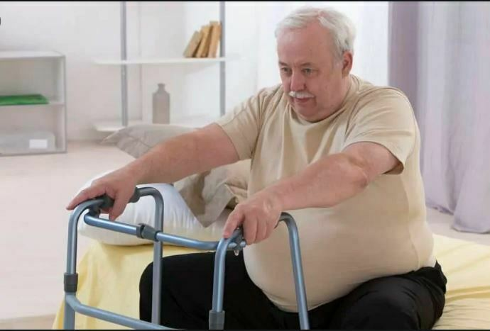 چاقی مفرط در سالمندان