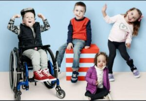پرورش کودکان معلول