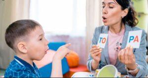 گفتار درمانی در  سندرم کورنلیا