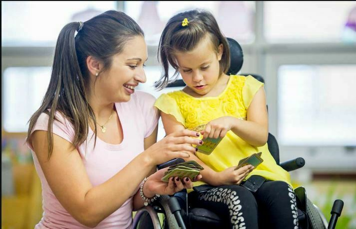 رفتار با کودکان معلول