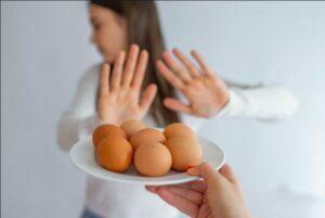علایم آلرژی به تخم مرغ