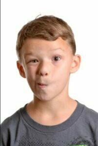 انواع  اختلال تیک در کودکان