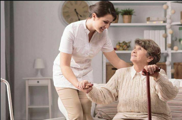 گام های کمک به والدین سالمند