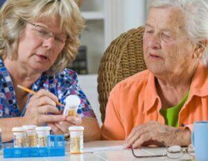 علت مسمومیت دارویی در سالمندان