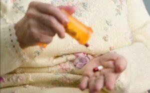 عوارض مسمومیت دارویی در سالمندان