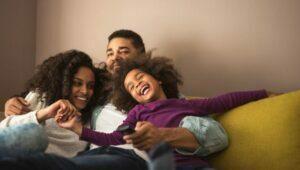 استرس والدین و خندیدن