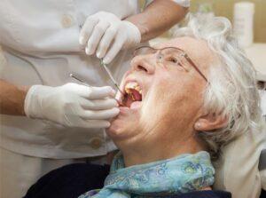 بهداشت دهان سالمند ان