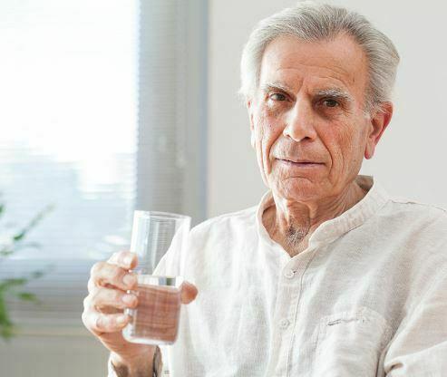 کمبود آب سالمند