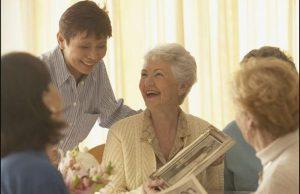 مراقبت و حمایت از سالمندان مبتلا به بیماری روانی