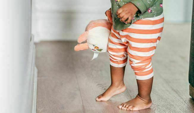 علل راه رفتن روی پنجه پا