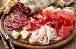 گوشت فرآوری شده در سرطان روده بزرگ