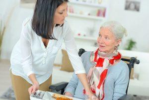 علایم سوء تغذیه در سالمندان