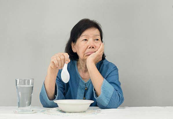 علل سوء تغذیه در سالمندان
